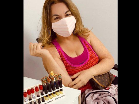 """""""Ni me duele, ni he hecho reacción por la vacuna"""", Dra. Ingrid Perscky"""