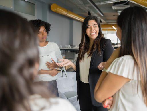 Promueven igualdad de género y liderazgo de las mujeres