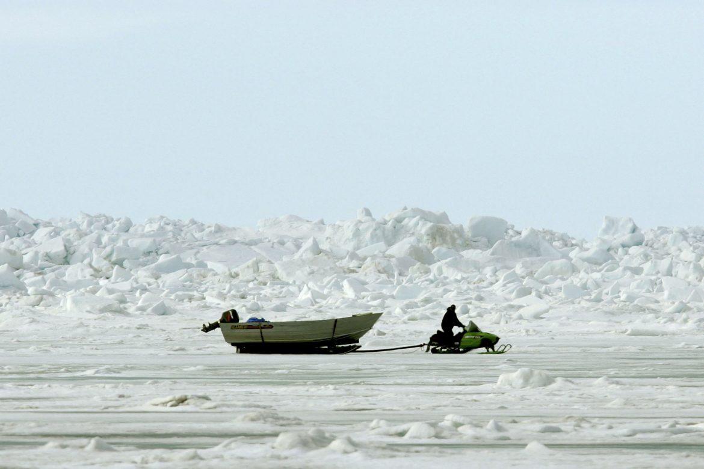 Los microplásticos, de las lavadoras al Ártico