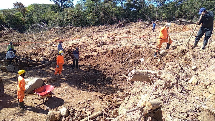 Encuentran los cuerpos de dos menores. desaparecidos por efectos del huracán Eta