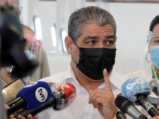 Ministro Sucre espera informe para evaluar posible reapertura en Panamá y Panamá Oeste