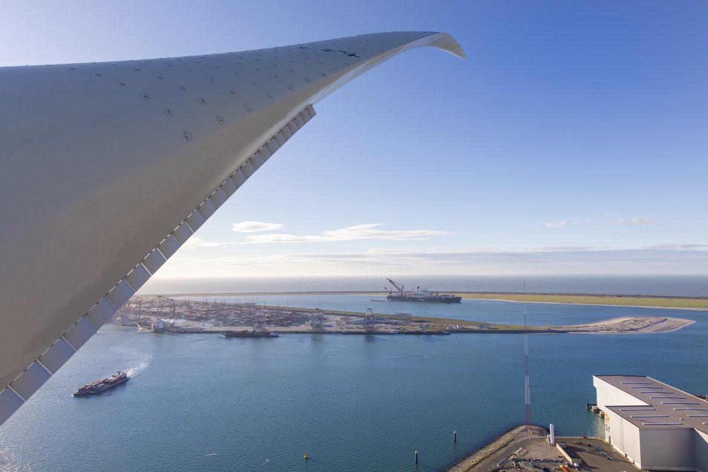 Una gigantesca turbina eólica está revolucionando una industria