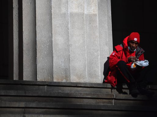 Wall Street concluyó dispar, con Nasdaq y S&P en niveles récord