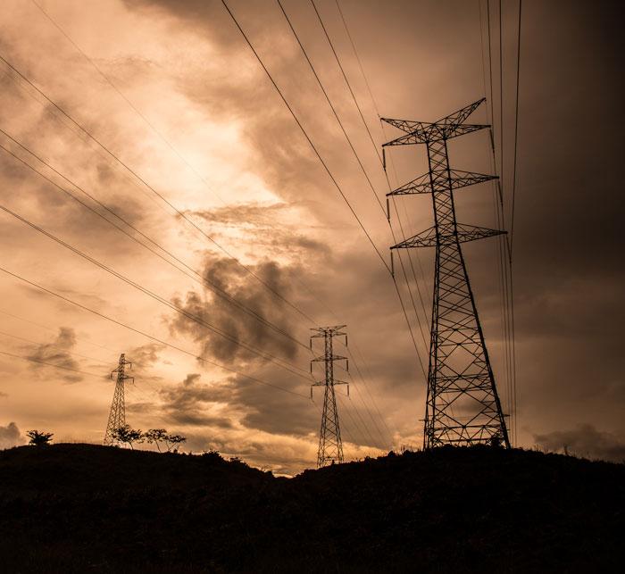 Clientes del servicio eléctrico obligados a actualizar sus pagos