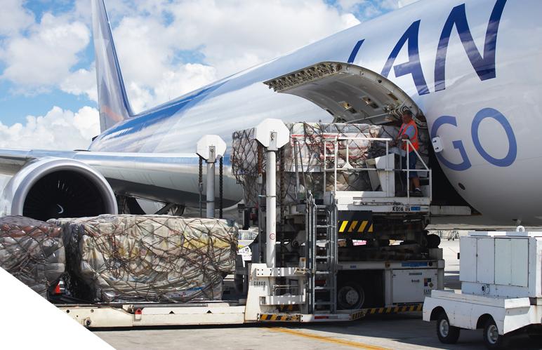 Demanda de carga aérea cae un 23.6% en Latinoamérica