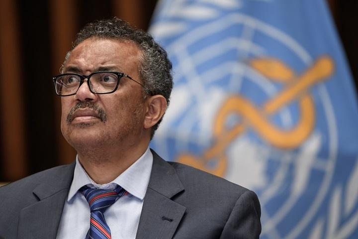 """La OMS pide desarrollo """"masivo"""" de medios para producir vacunas anticovid"""