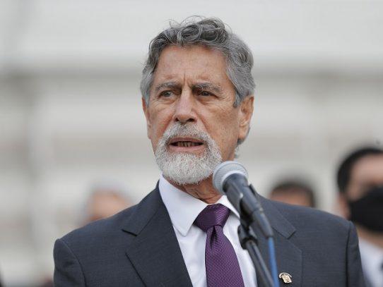El presidente Sagasti será el primer vacunado contra el covid-19 en Perú