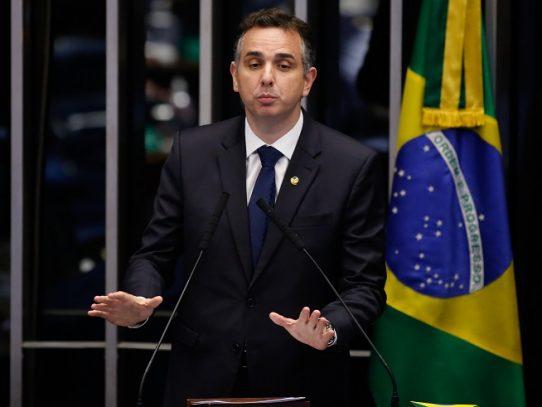 Congreso de Brasil elige a sus líderes, con candidatos de Bolsonaro favoritos
