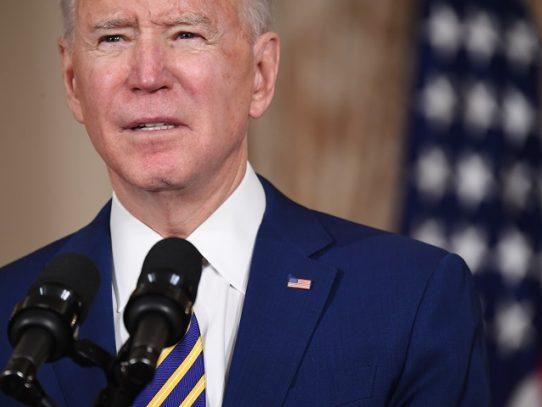 """Biden dice que EE.UU. no va a """"someterse"""" más a Rusia"""