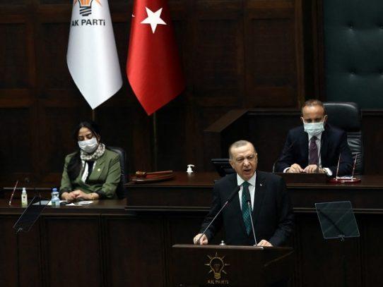 """Erdogan acusa a EE.UU. de apoyar a los """"terroristas"""" kurdos tras deceso de turcos en Irak"""