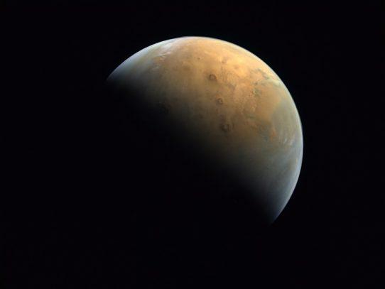 La NASA quiere hacer volar un helicóptero en Marte por primera vez