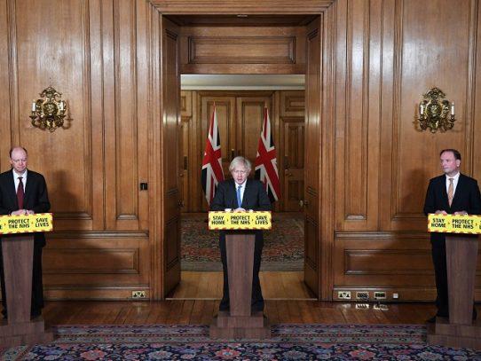 Reino Unido prepara estudio con voluntarios que recibirán una dosis de coronavirus