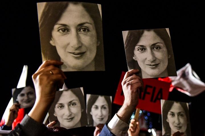 Un acusado del asesinato de una periodista en Malta se declara culpable