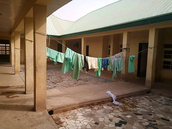 Liberan a 42 personas secuestradas en Nigeria, pero 317 mujeres siguen rehenes