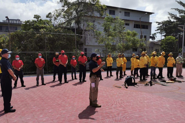 BCBRP inició hoy un operativo con sus voluntarios para enfrentar incendios de herbazales