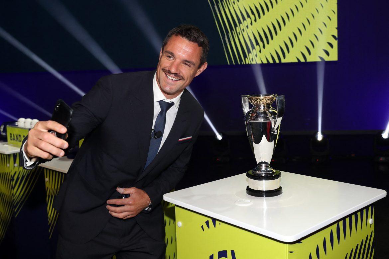 El neozelandés Dan Carter, leyenda del rugby mundial, anuncia que se retira