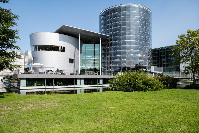Las ventas de autos eléctricos se duplicaron en Europa en 2020