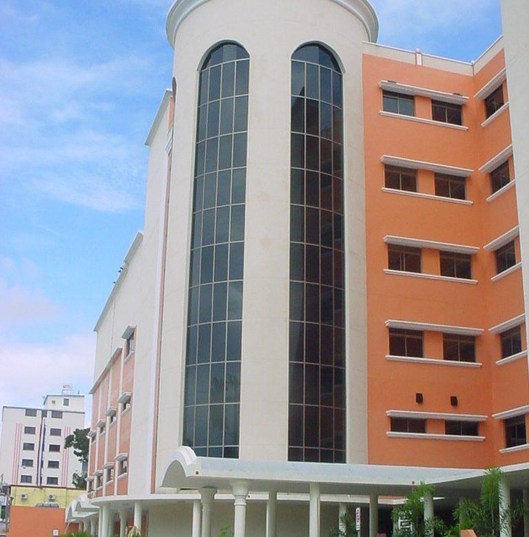 A punto de cerrar sala Covid-19 en el Hospital Santo Tomás