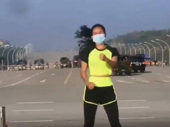 Profesora de aeróbicos filma sin querer el inicio del golpe de Estado en Birmania