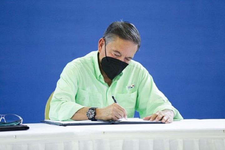 Presidente Cortizo señala que Ley de Agroparques contribuirá a impulsar la economía del país