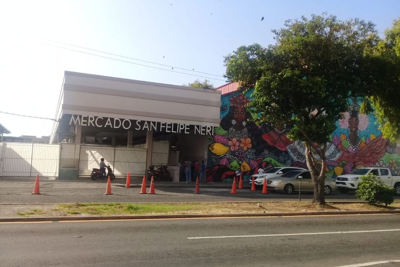 El imperecedero mercado San Felipe Neri, beneficiosamente renovado