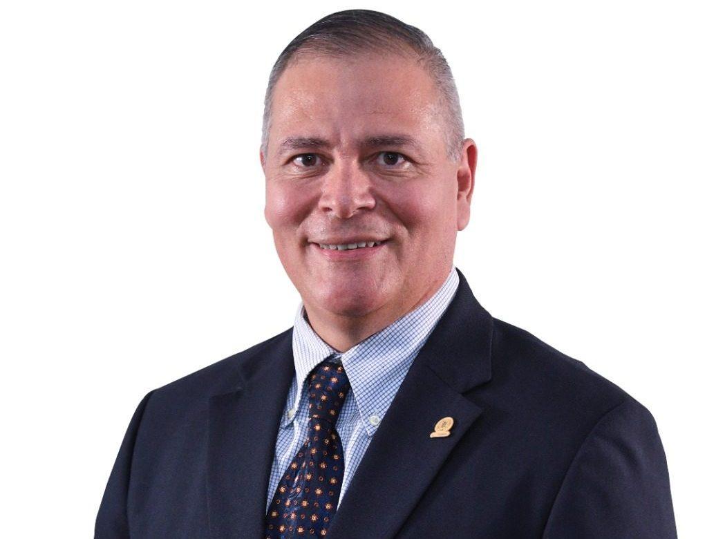 """Empresas atraviesan por una """"insolvencia"""", dice presidente de Camchi"""