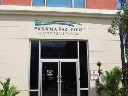 Impulso al establecimiento de zonas francas, tema tratado con cuerpo diplomático panameño