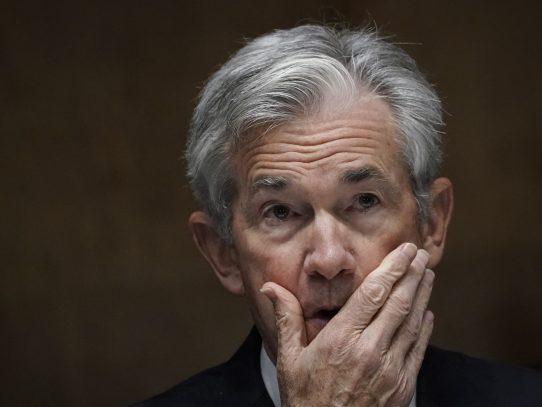 Nasdaq cae en Wall Street, preocupada por alza de tasas de bonos del Tesoro