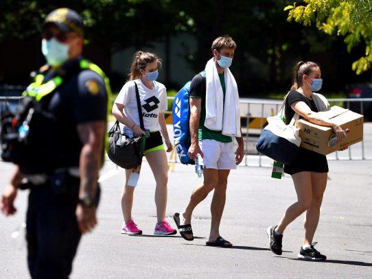 Svitolina y Muchova se clasifican para octavos de final en Abierto de Australia