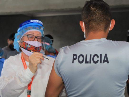 San Miguelito continúa con vacunación de estamentos de la Fuerza de Tarea Conjunta