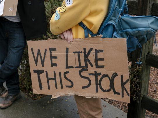 Infla, vende y engatusa