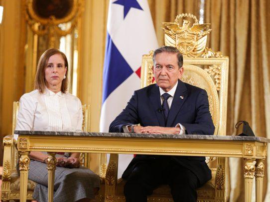 """""""No descansaremos en la construcción de un mejor país, que comienza con nuestros niños"""", Cortizo"""