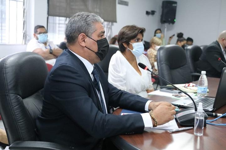 Minsa investiga irregularidades en la vacunación anticovid en Veraguas
