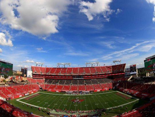 Brady contra Mahomes, un duelo generacional en el Super Bowl más atípico