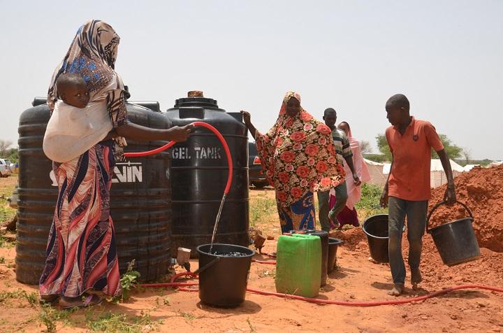 Uno de cada tres niños carece de agua en Nigeria, según Unicef