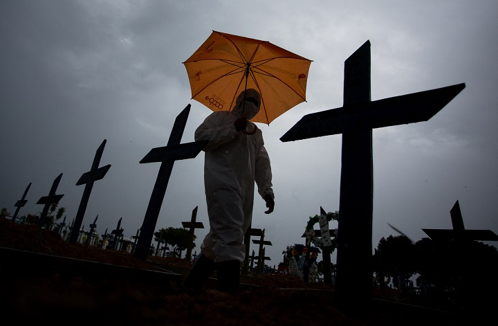 Nuevo récord de muertos por coronavirus en Brasil: 1.910 en 24 horas