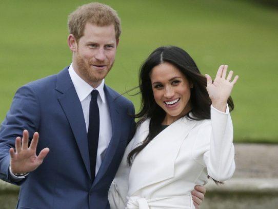 Abdicación, infidelidades y Megxit... los escándalos de la familia real británica