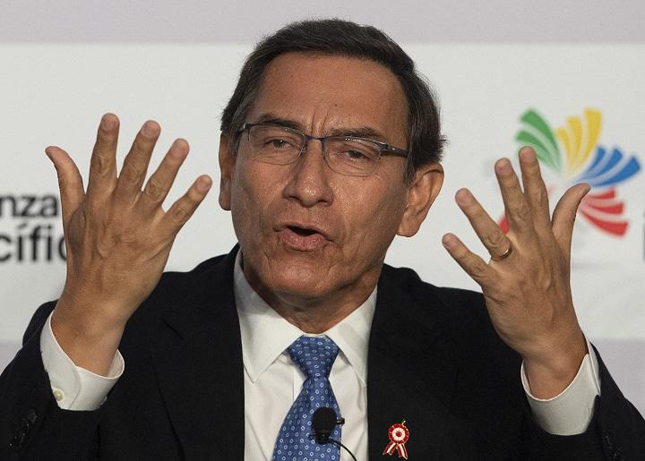 Perú: Expresidente Vizcarra sorprendido por pedido fiscal de prisión en su contra