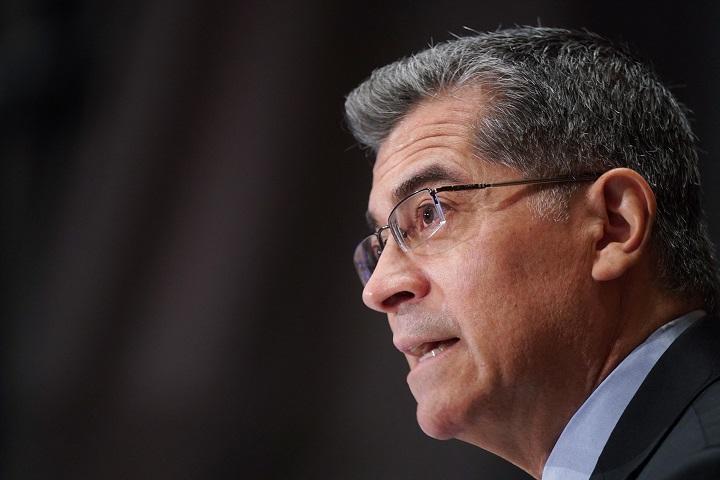 Senado de EE.UU. confirma a Becerra en Salud y a Burns como jefe de la CIA