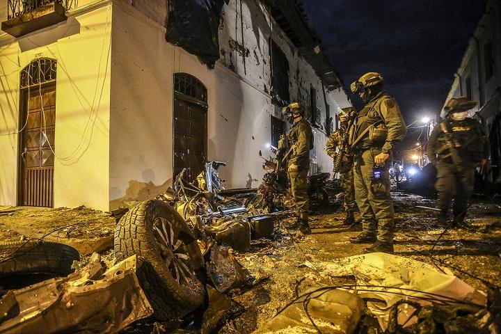 43 heridos deja atentado con coche bomba en Colombia