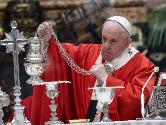 Papa insta a sacerdotes mexicanos a encarar desigualdades, violencia y corrupción