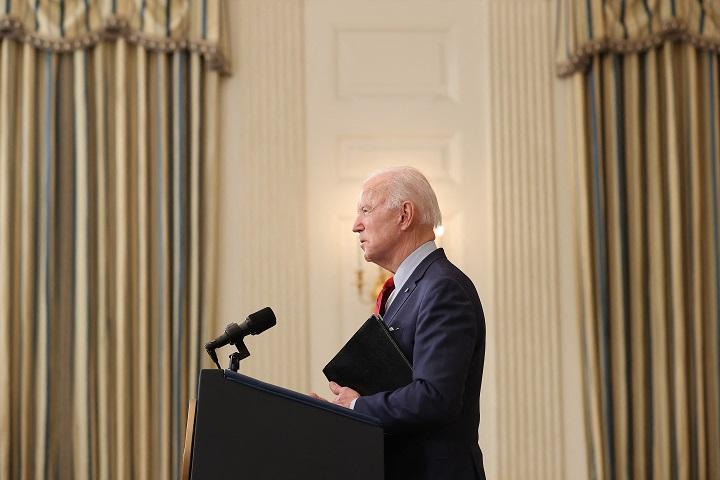 Biden insta a prohibir los fusiles de asalto en EE.UU. tras dos tiroteos en una semana