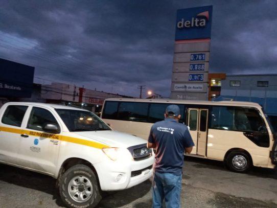 Verifican cumplimiento de precios de combustibles