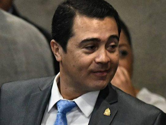 Juez de EE.UU. condena a cadena perpetua al hermano del presidente de Honduras por narcotráfico
