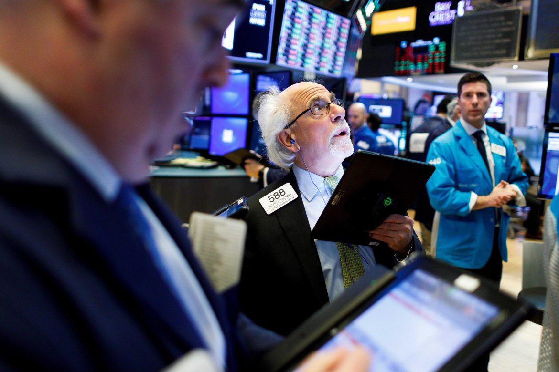 Wall Street abre casi en plano después de buenos resultados de los grandes bancos