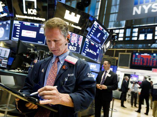 Wall Street abre sin rumbo definido