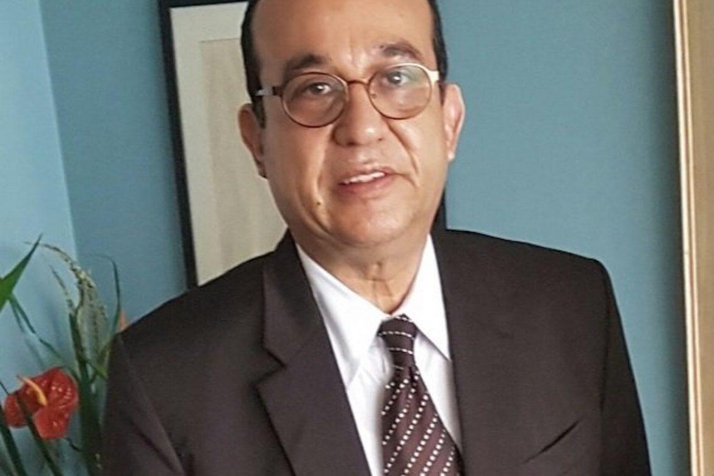 ¡Hacia un nuevo periodo en la UP! Dr. Eduardo Flores Castro