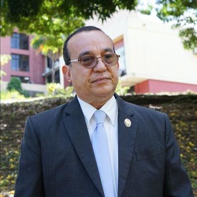 Rector Flores felicitó a autoridades de salud por dejar sin efecto Resolución 01-1-3-2021