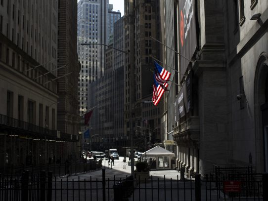 Cifras de empleo llevaron a Wall Street a terminar en fuerte alza