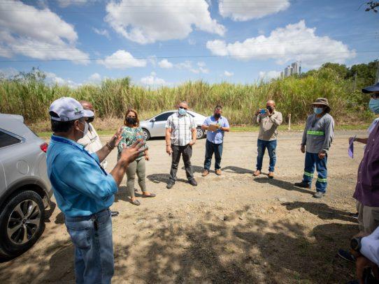 Unen esfuerzos en pro de la conservación de vía al  Embarcadero en Llano Bonito